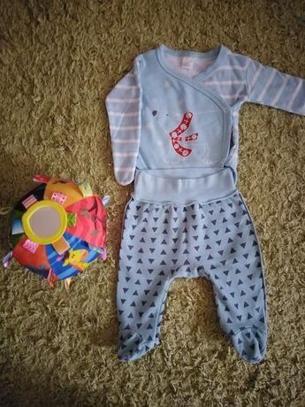Комплект на выписку, бодик+ползунки. Одежда на новорожденного