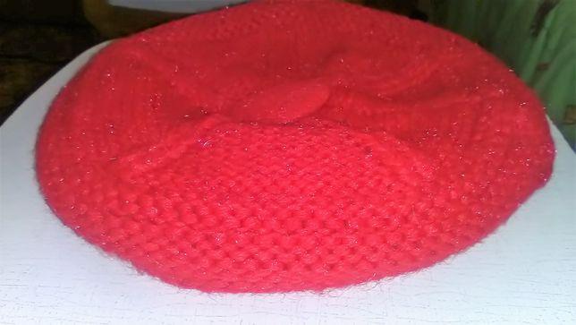 Теплая шапка-берет