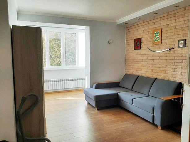 Продам однокомнатную квартиру с ремонтом и мебелью и техникой!