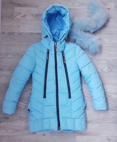Зимнее пальто нежно голубого цвета