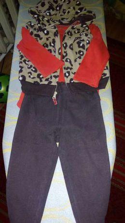 Костюмчик флисовый,штаны,кофточка Carter's.