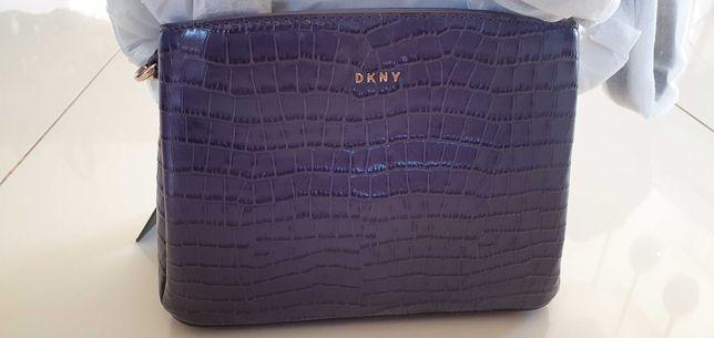 Piękna torebka damska DKNY