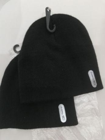 Ciepła, czarna czapka Kalenji z odblaskiem (dziecięca).