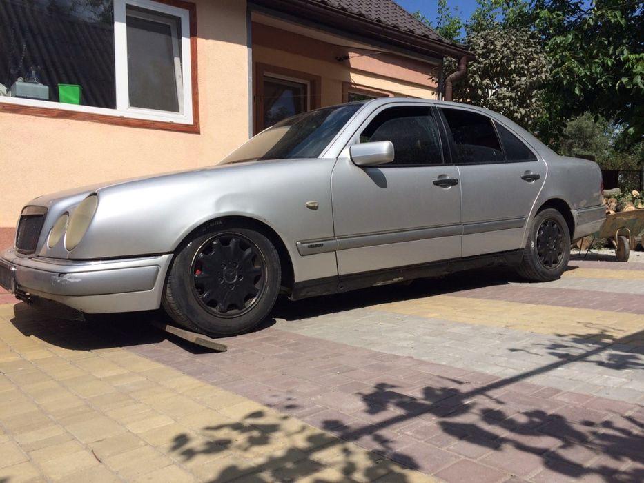 Разбираю Мерседес W210 OM 604 2.2 Разборка Дверь ГБЦ Рейка Mercedes Киев - изображение 1