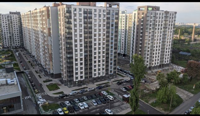 Трёхкомнатная квартира в ЖК Місто квітів, Тираспольская,43