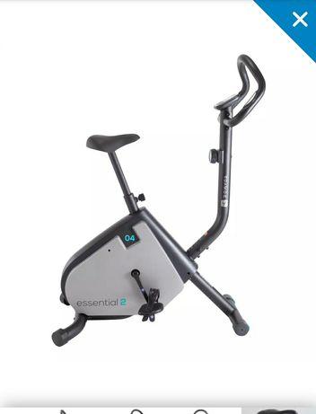 Bicicleta estática Essencial 2 DOMYOS + OFERTA PLACA VIBRATÓRIA