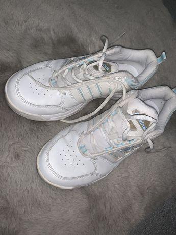 Reebok: Buty białe oldschool RB604