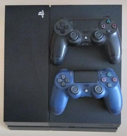 PS4 500GB  +  2 Comandos
