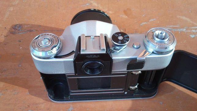 Продам пленочную зеркальную фотокамеру Зенит Е