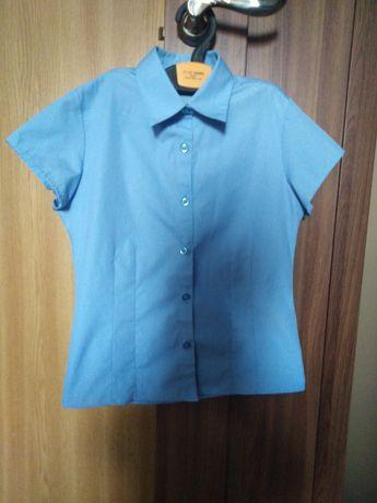 Школьная рубашка для девочки 7-8-9 лет в отличном состоянии