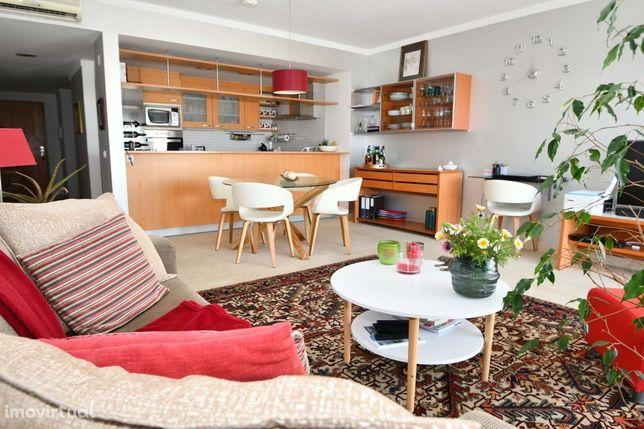 Apartamento T1 com piscina  -  Vista Rio Arade
