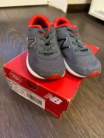 Кроссовки new balance Nike adidas Reebok