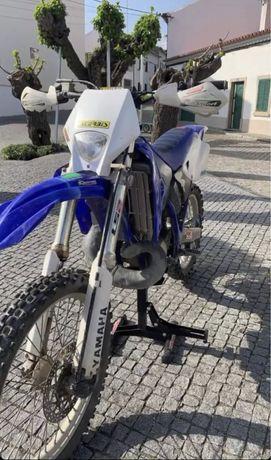 troco mota por uma de pista