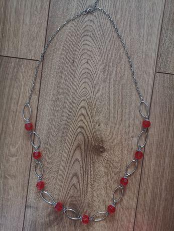 Długi naszyjnik z kamieniami uniwersalny do tunik swetrów korale