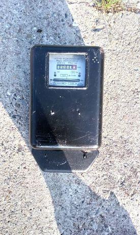 Stary licznik elektryczny Pafal 1965