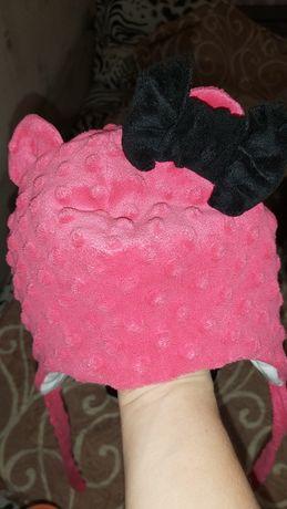 Зимний комплект ,шапочка ,рукавички и хомут