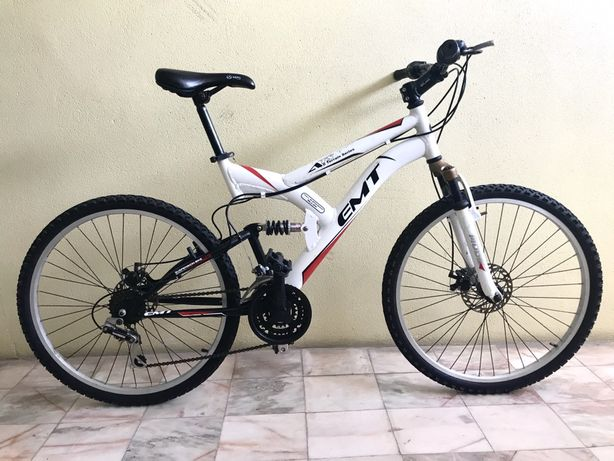 Bicicleta suspensão total