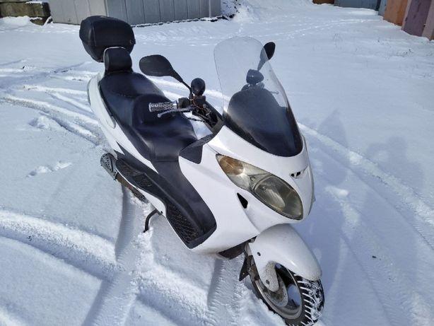 Макси-скутер 150