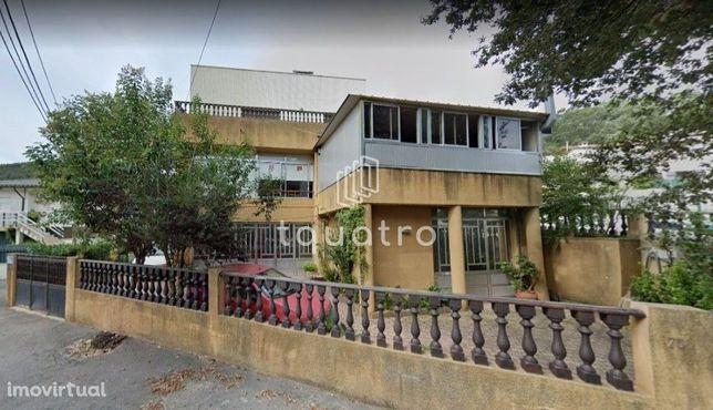 Loja  Arrendamento em Vila Nova de Famalicão e Calendário,Vila Nova de