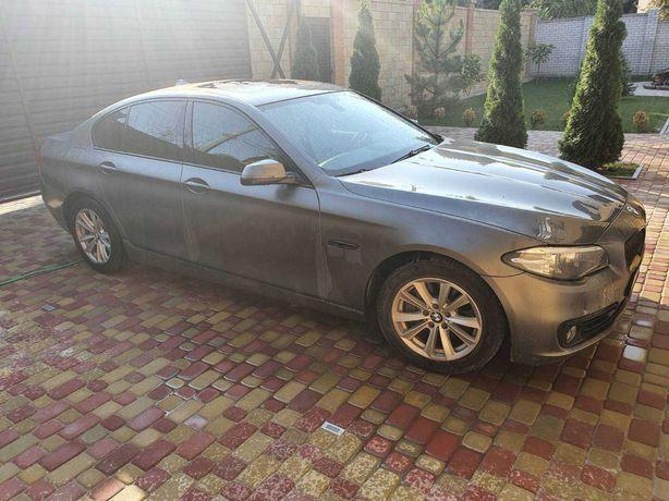 Продам машину BMW 535 2015 г.