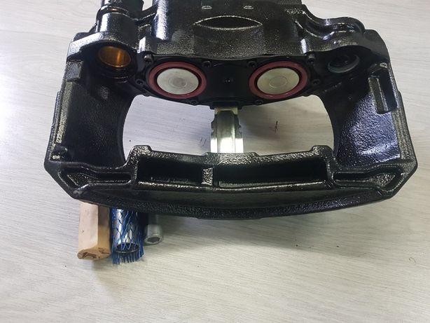 RZ017812 Zacisk hamulcowy Mercedes Actros III, IV Lewy przód K017812