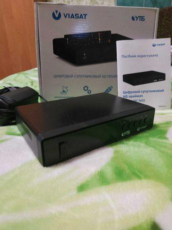 Цифровий супутниковий HD приймач SRT 7602.