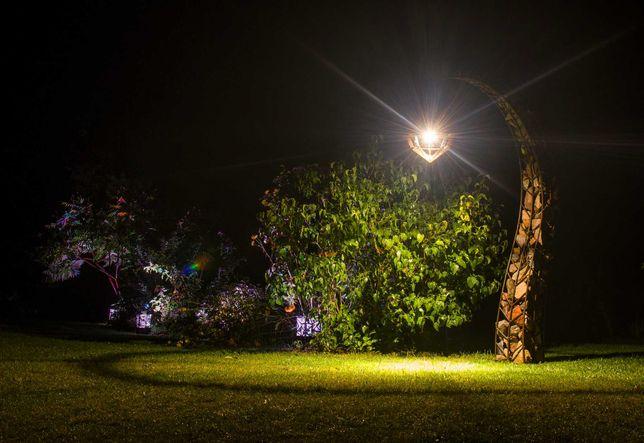 Lampa / latarnia ogrodowa Gabion - wypełnienie kamień