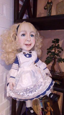 """Інтер""""єрна лялька"""