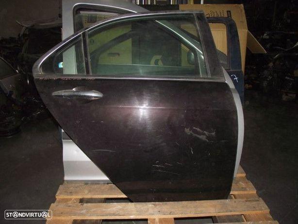 PEÇAS AUTO - Honda Accord - Porta Trás Direita - PTA29