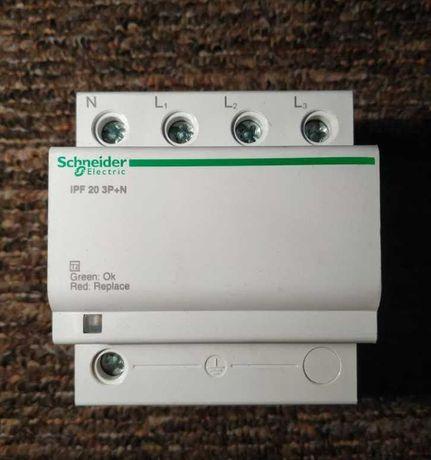 Schneider Ogranicznik przepięć IPF 20 3P+N - fotowoltanika