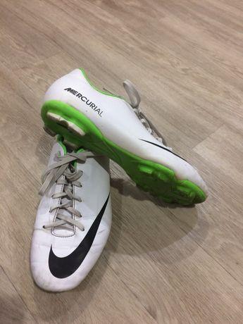 Бутсы Nike качественные фирменные оригинал кожаные 38 размер