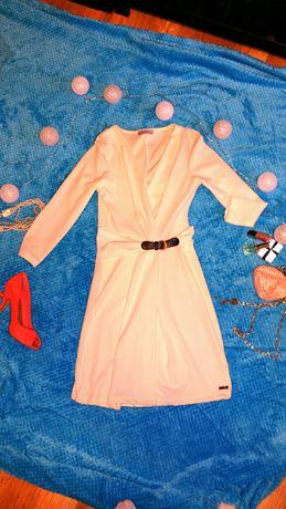 Sukienka ecru elegancka