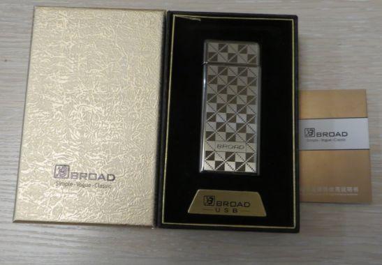 USB зажигалка Broad в подарочной упаковке