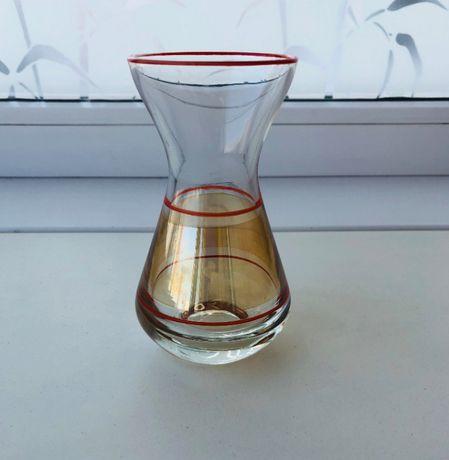 Стеклянная ваза 12х6
