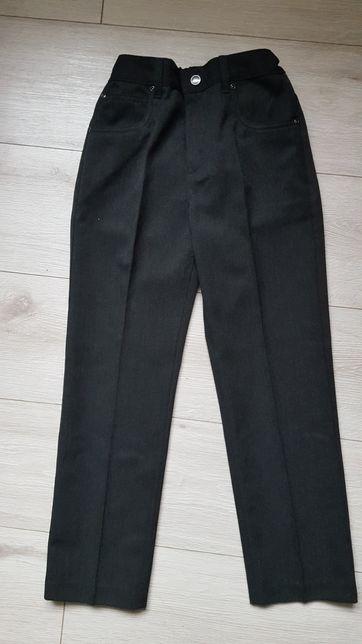 Spodnie chłopięce wizytowe roz.134 - nowe, F&F