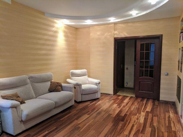 Продам 2-комнатную квартиру на пр. Победы 125