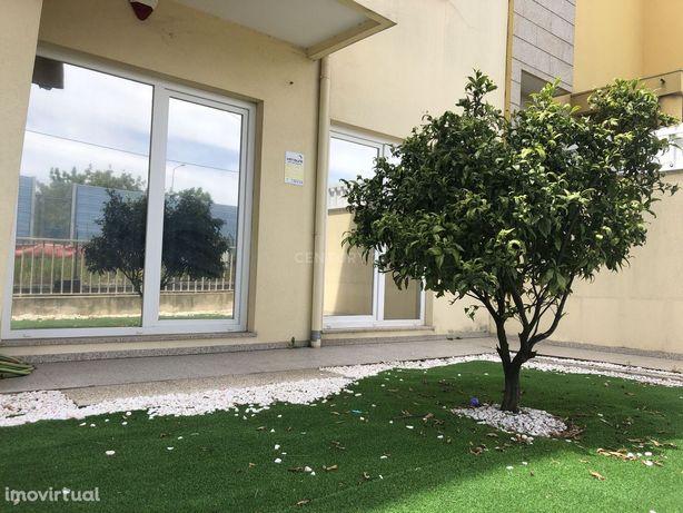 Apartamento T2 com terraço - Gaia Jardim - Candal