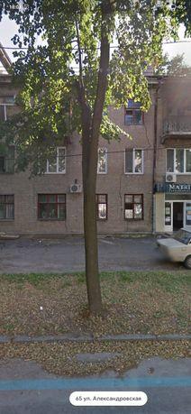 Продам 2х комнатную квартиру по улице Александровская