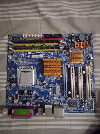 Płyta główna z procesorem i Ramem