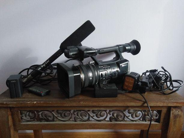 Kamera cyfrowa HDR-AX2000E Stan super