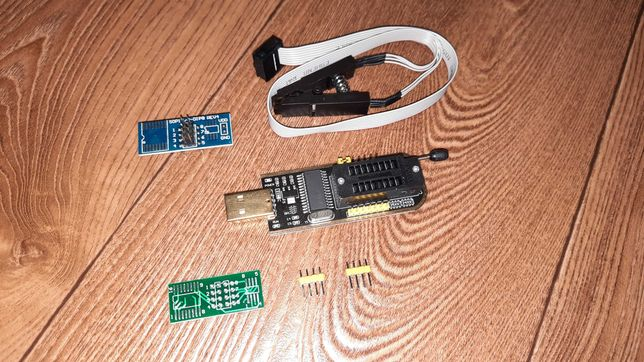 USB Программатор CH341A для EEPROM Flash 24/25 с клипсой /прищепкой.