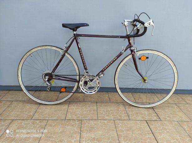 Rower szosowy Karzentra piękny