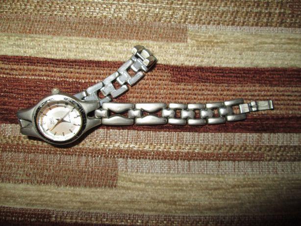 Piękny damski zegarek Q&Q na bransolecie tytan Okazja Wys.Gratis