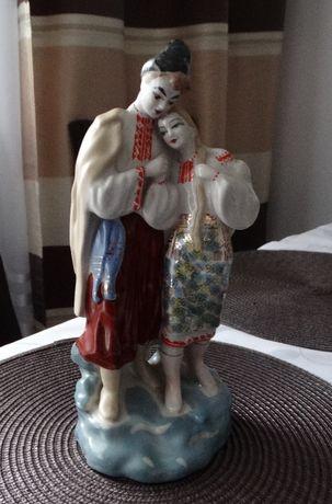 porcelanowa figurka zakochana para połonne porcelana