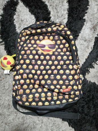 Vendo mochila emoji