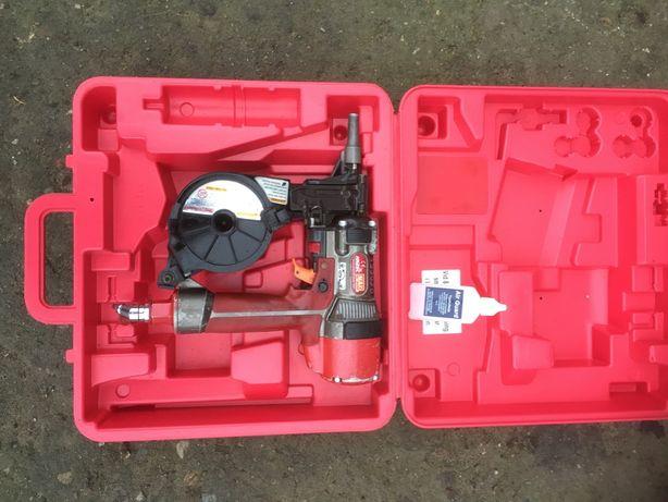 Gwozdziarka pneumatyczna MAX HN25C
