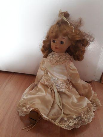 Piękna porcelanowo-szmaciana lalka  40 cm