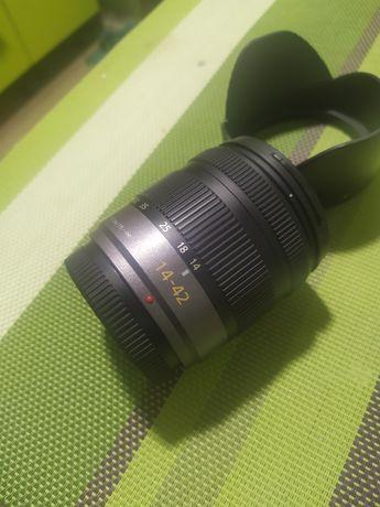 Panasonic 14-42 3.5-5.6