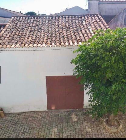 Moradia Centro Ficalho