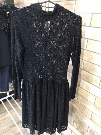 Платье Zara кружевное размер М